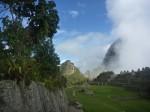 Vue sur le Wayna Picchu (on devra monter jusqu'en haut !)