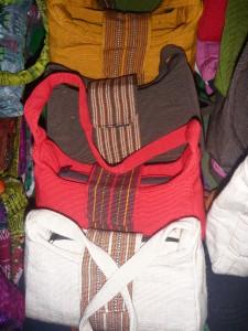 sac a main 20 cm : 5,5 euros (toutes couleurs dispos)