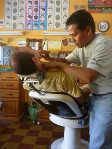 Pierol chez le barbier (merci pour le tuyau Francois (le Suisse))