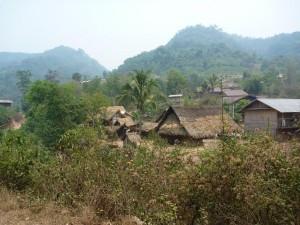 Village lao pres de Luang Nam Tha