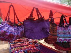 grand sac bariole : 7 euros