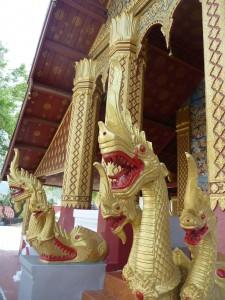 Les gardiens de l'un des innombrables temples