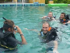 Premieres aventures sous-marines... en piscine