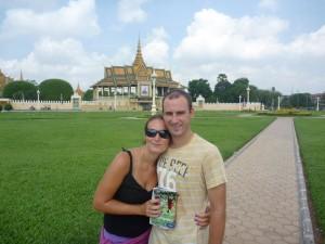 Devant le Palais Royal de Phnom Penh