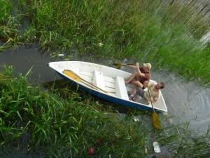 En barque sur le lac