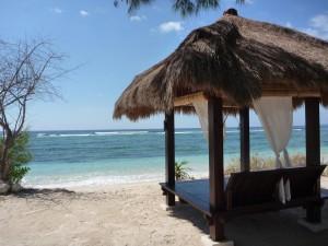 Certaines guesthouses ont bon gout pour decorer leur plage