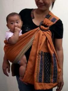 Porte-bebe : 24eur