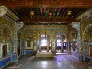 Salle du Maharaja... Clinquant !