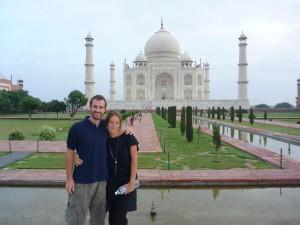6h30 devant le Taj Mahal