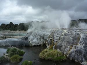 Le plus grand geyser du monde... parait-il